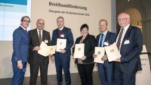 2.Minister Dobrindt, Bgm. Schlögel Ehingen,   Bgm.Richter Westendorf, Bgmin Harms Kühlenthal,  Bgm. Brummer Allmannshofen, Bgm. Schöniger Nordendorf